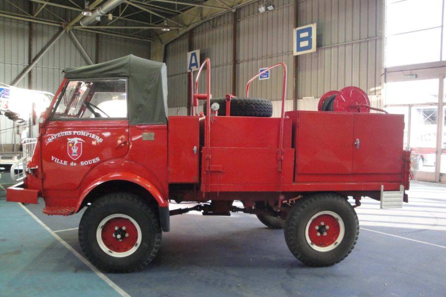 Camion Citerne Moyen Feux de Forets